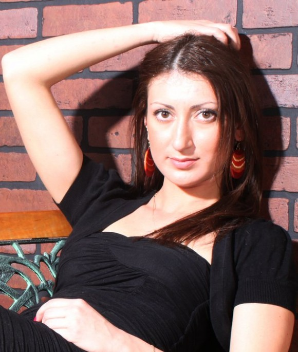 Viola - russian single girl, age 34, height 172 cm, photo 1
