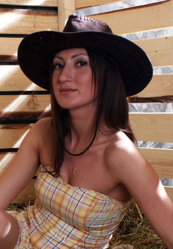 Viola - russian single girl, age 34, height 172 cm, photo 12