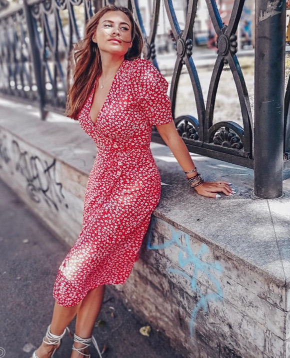 Polina - russian single girl, age 33, height 167 cm, photo 12