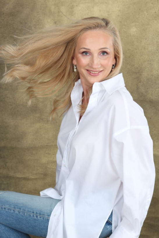 Natalia - russian single girl, age 53, height 170 cm, photo 4